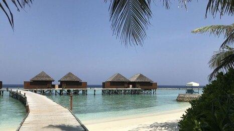 die besten award hotels f r ihr luxusurlaub 2017 in malediven malediven. Black Bedroom Furniture Sets. Home Design Ideas