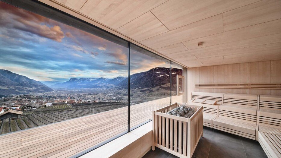 Award gewinner 2018 s dtirol in italien holidaycheck for Design wellnesshotel sudtirol