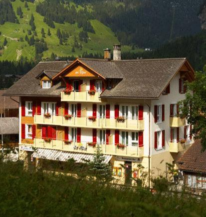 Booking - Hotel Des Alpes