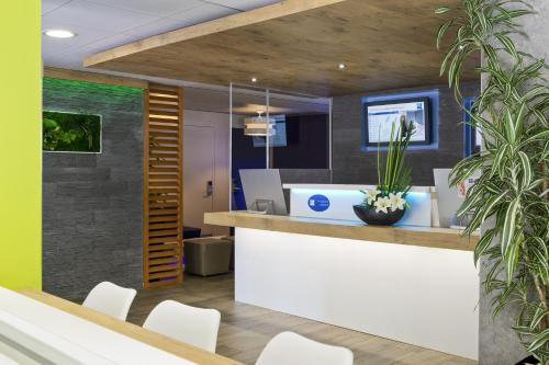 Booking - ibis budget Hotel Cannes Centre Ville